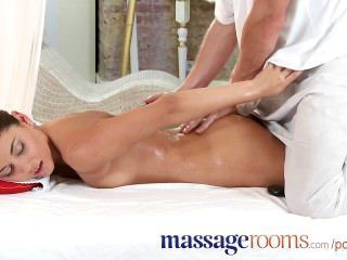Massage Rooms Beautiful Teen Loves His Touch For Female Orgasm