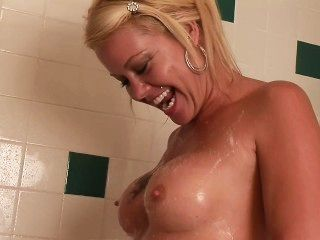 Dream Milfs - Scene 1