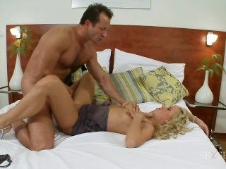 Carla Cox Does Anal