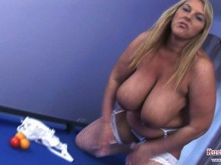 Dame has dildos collector pussy 5