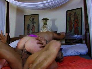 Eva Lange Is A Devil In Bed
