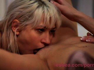 Lesbea Hd Spreading Open A Tight Young Teen Ass Before She Climaxes Hard