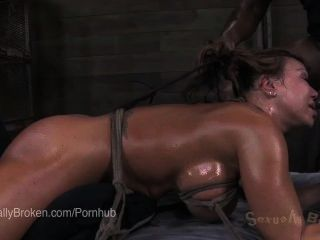Ebony Ana Foxxx Upside Down, In Bondage And Cumming