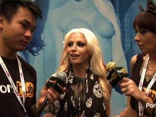 Pornhubtv Rikki Six Interview At 2014 Avn Awards
