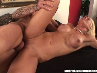 Busty Babe Ditches Workout For Fucking