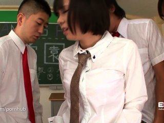 Erito- Schoolgirl Gives Her Oral Presentation