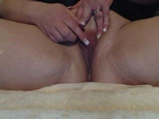 The Squirting Milf Squirts 19 Times
