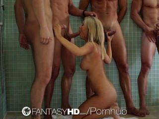 Hd - Fantasyhd Tasha Reign Is Having An Orgy With Three Guys