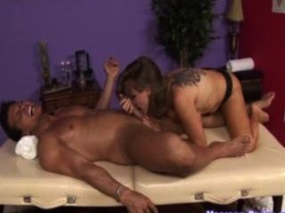 Dyanna Lauren Is Back As A Horny Masseuse