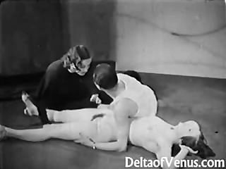 Vintage Porn 1930s - Ffm Threesome - Nudist Bar