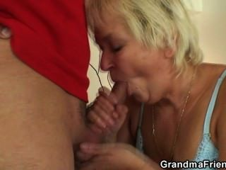 Hot Threesome With Old Blonde