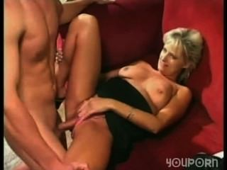 Young Guy Roughly Fuck His Best Friend Mom