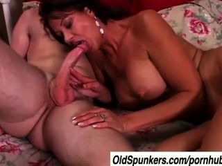 Very Sexy Milf Vanessa Videl Fucks A Lucky Younger Guy