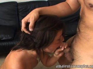 Amateur Girl Gets A Creampie During An Photo Audition