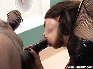 Annie Spreads Her Legs And Gets Hairy Cunt And Backdoor Banged