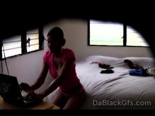 Hidden Camera Caughts Beautiful Ebonys Nastiest Side