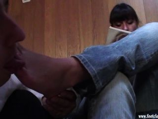 Footcleaningcaffe-reading And Foot Licking 01