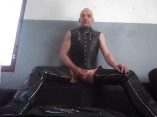 free shemale sex slaves servicing