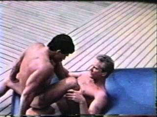 Gay Peepshow Loops 302 70s And 80s - Scene 1