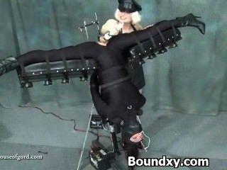 Woman In Latex Fetish Brutal Humiliation
