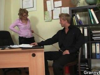Office Lady Fucks Her Employee