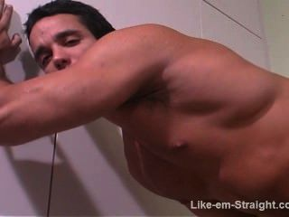 Str8 Latino Bodybuilder Serviced By Me.