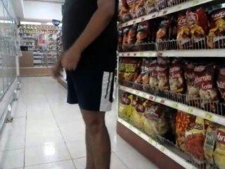 Flagrante Homem De Pau Duro Em Publico - Bulge