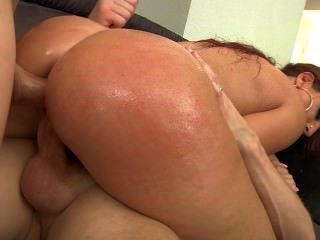 Savannah Super Hott Double Vag!! Her Ass Is Amazing Whooty Pawg