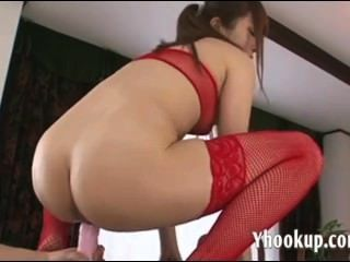 Maomi Nakazawa Teen Pussy Gets An Asian Finge