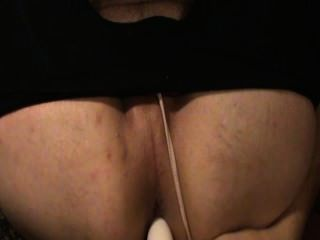 Teen Wears Girlfriends Black Yoga Pants And Gstring While Toying Ass.