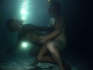 Underwater facefuck