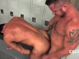 Sexiest Bear Gets It Raw