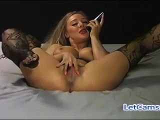 Hottest Blonde Camgirl Mastubation Show On Webcam