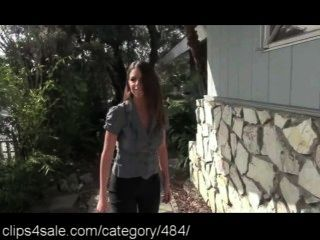 Escaping At Clips4sale.com