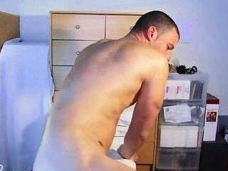 Mega Sexy Ass Massage To A Str8 Military Guy !