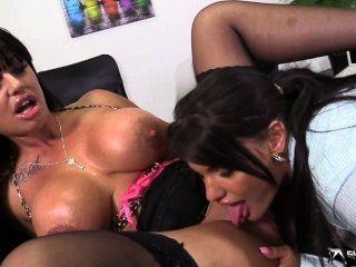 Dionne mendez super massive squirts hd 6