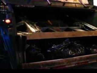 Latexmaidluder Verreckt Im Müllpresswagen Ihr Scheiss Transvestitenschweine
