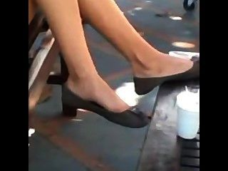 Candid Teen Feet And Legs Shoeplay Dangling Flats