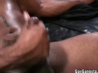 Black And White Gangster Doing Nasty Anal Fuck