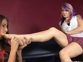 She Starts Liking Friends Feet
