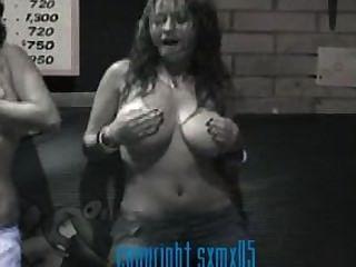 Anjuman multani shirt boob show