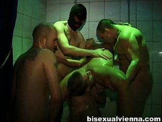 Bisexual Orgy - Pissing Hot And Sexy :)
