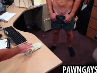 Buff Amateur Hunk Takes His Clothes Off At The Pawn Shop
