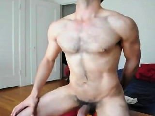 Fit Bottom Does What He Does Best