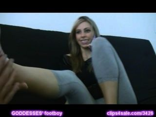 2 girls stinky sockjob 6