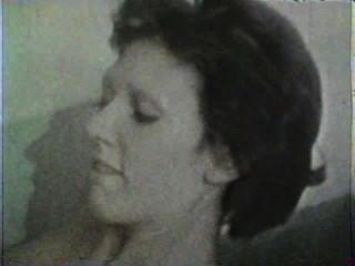 Peepshow Loops 354 1970s - Scene 4