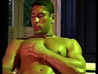 Streptease De El Chavo Musculoso