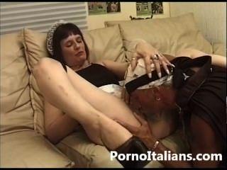 Coppia Amatoriale Bizzarra Scopa - Amateur Couple Fucks Bizarre