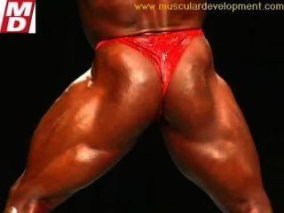 Bodybuilder Twerk