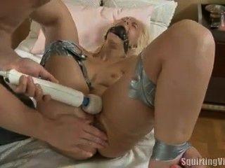 Squirting Virgin Marta